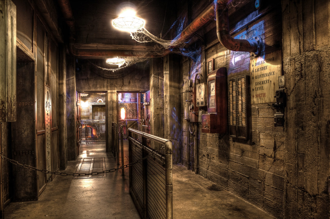 Walt Disney Studios, Paris - In the boiler room (Tower of Terror)