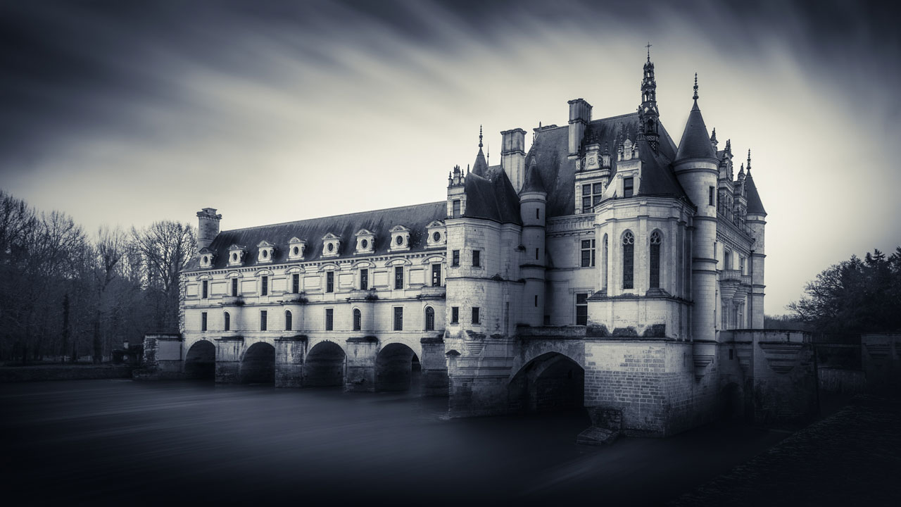 home-Châteaux-of-the-Loire-Valley-Chenonceau1